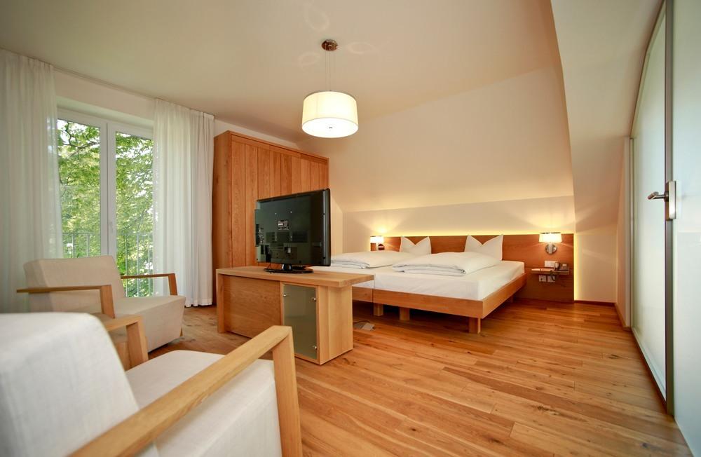 bersicht b o parkhotel b o parkhotel. Black Bedroom Furniture Sets. Home Design Ideas